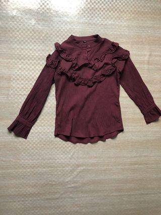 marron blouse
