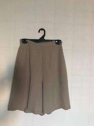 🚚 Nude boy shorts