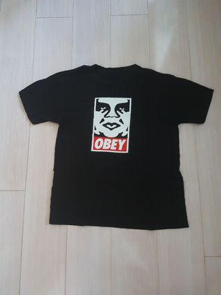Obey Tee M size