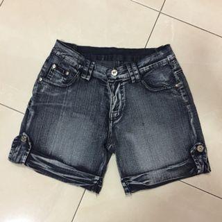 Celana Jeans Pendek R-Girl