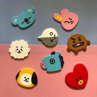 🚚 BT21 HAND HELD MIRROR