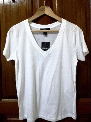 BN F21 White V neck T shirt