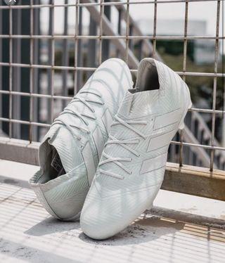 🚚 Adidas Nemeziz 18.1 FG