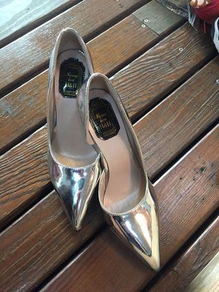 銀色高根鞋