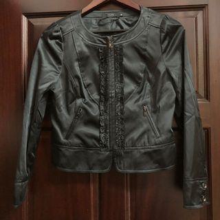 🚚 尤麗迪絲的舞台夢|黑色緞面短版拉鍊外套/全新未穿