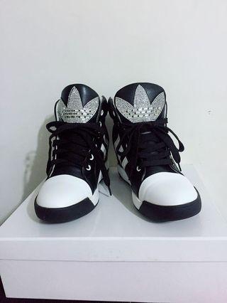 精品運動休閒鞋