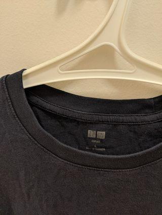 Uniqlo Supima Cotton T-shirt - L size/Navy blue
