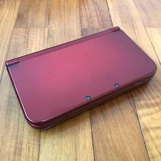 🚚 Nintendo N3DS XL Red + Charger