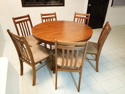 Dining Table And Chairs - Like New!