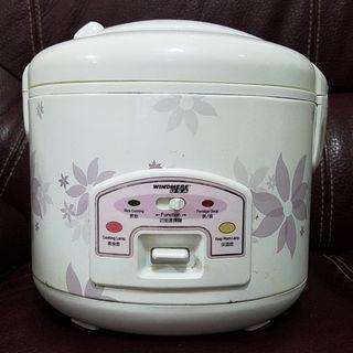 1.5公升電飯煲Rice Cooker 1.5L