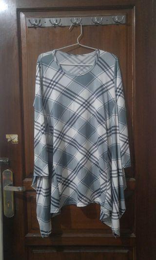 Blouse square blouse