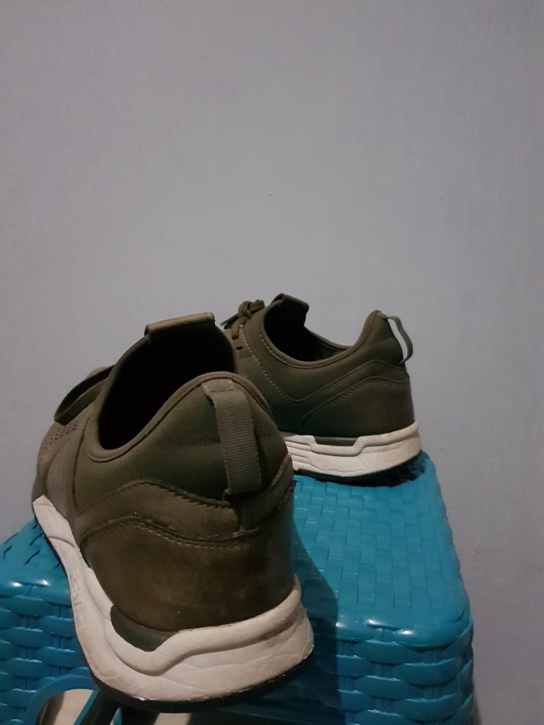 New Balance 247 leather olive green army