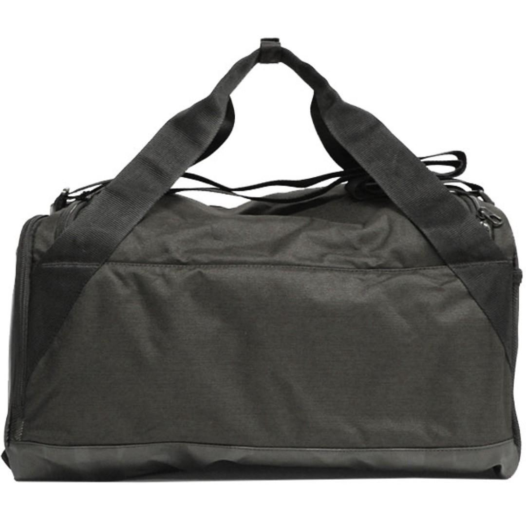 NEW NIKE BRASILIA SMALL DUFFEL SPORT GYM BAG 40L BLACK & GREY BA5335