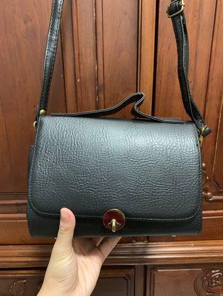 🚚 Sling Bag 💼
