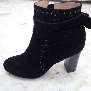 Hush Puppies Black Suede Ankle Boots PRELOVED like NEW