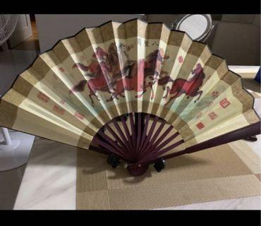 New Japanese/chinese foldable paper fan 👍🏻 2 for $25
