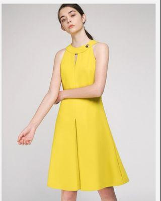 Saturday club Cut-Out Fitted Dress With Pleated Hem