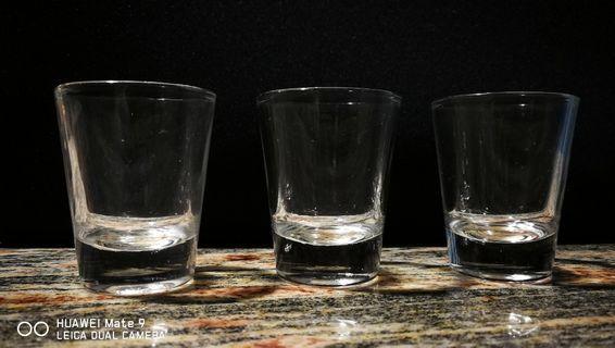 🚚 Health wine glasses.