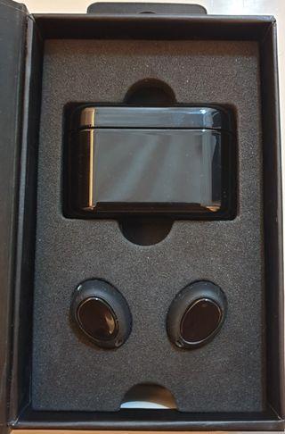 BNIB- Fozento FT16 Wireless Earbuds