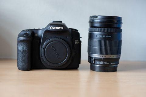Canon EOS 50D + Canon Efs 18-200