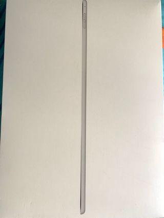 🚚 IPad Pro 12.9inch with Apple Pencil - 128G