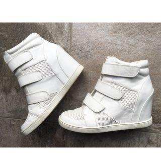 Forever new white wedge sneakers Size 38