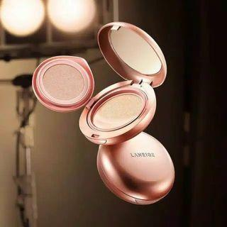 Laneige Layering Cover Cushion & Concealing Base Beige