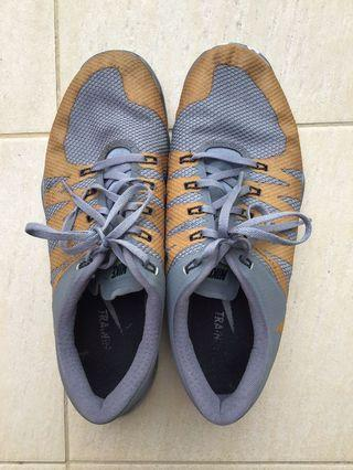 Nike Sports Shoes Gold