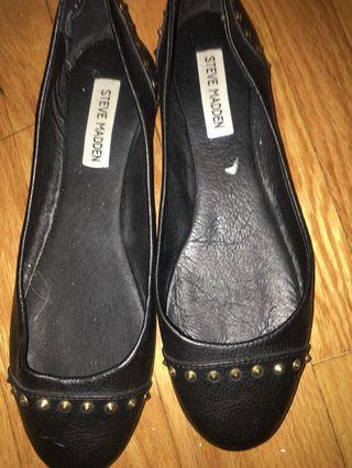 Steve Madden Flats/Sandals