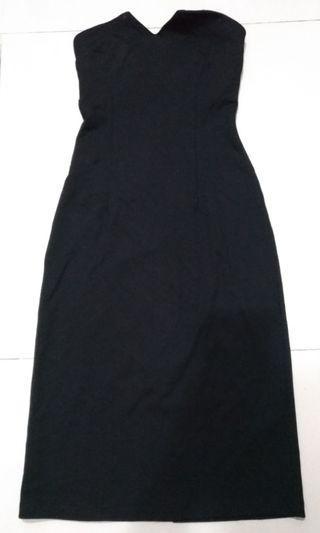 🚚 Monki 露肩黑色一件式洋裝