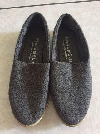 🚚 灰色樂福鞋
