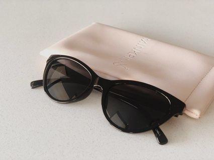 MINKPINK cat-eye sunglasses