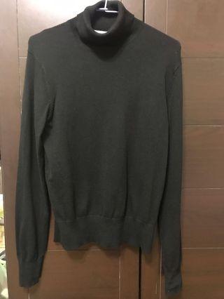 H&M黑色套頭針織衫