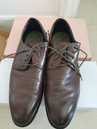 Le Saunda mens brown leather shoes EUR44  27.0cm( wore once)