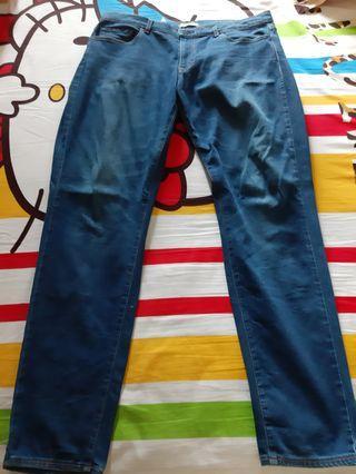 Celana Panjang Jeans Uniqlo 36