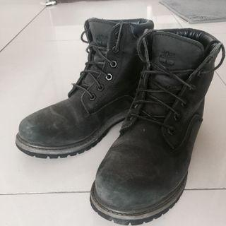 Timberland 黑靴 23.5