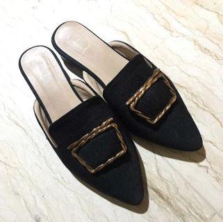 Berry Benka shoes