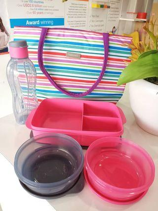 Lunch pack tupperware