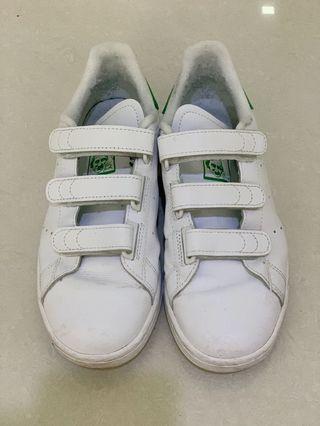 🚚 adidas velcro stan smith authentic
