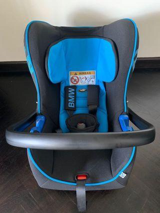 🚚 BMW car seat for infant