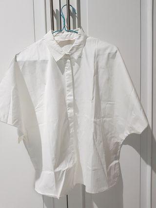 Kemeja putih Zara oversize