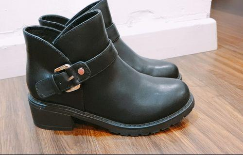 Daphne Ankle Boots Current Style