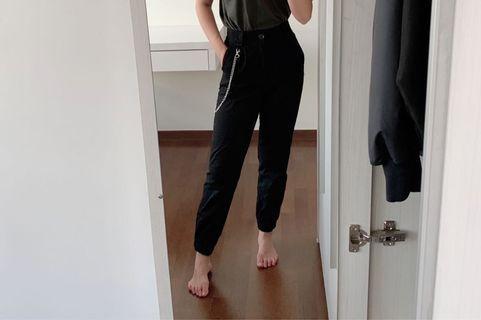 stradivarius cargo pants with chain