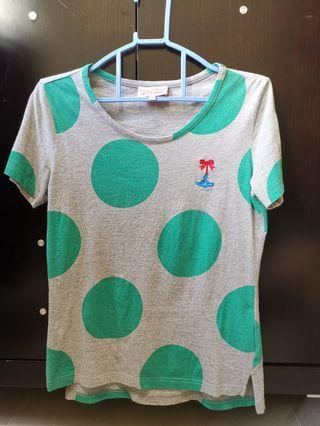 Vivienne westwood上身灰色底綠色pattern 短袖衫