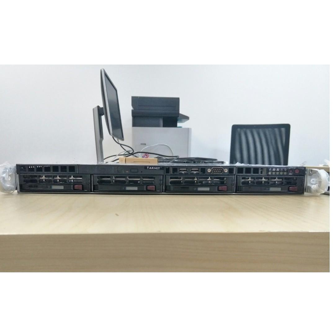 1U Supermicro US X8DTL-3F Server (Xeon Quad-Core, 12GB RAM, 4x 300GB SAS)