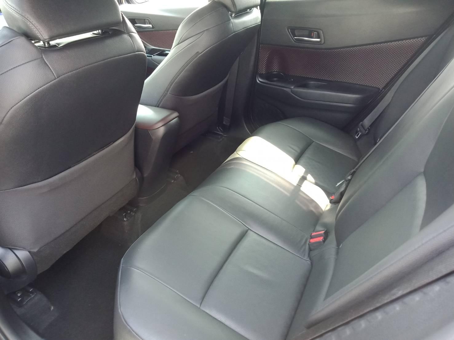 2017年 CHR  灰 1.5 熱門車中古車二手車