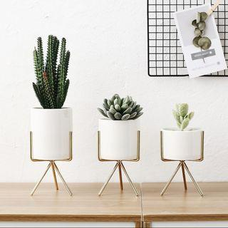 Nordic Plant Stand