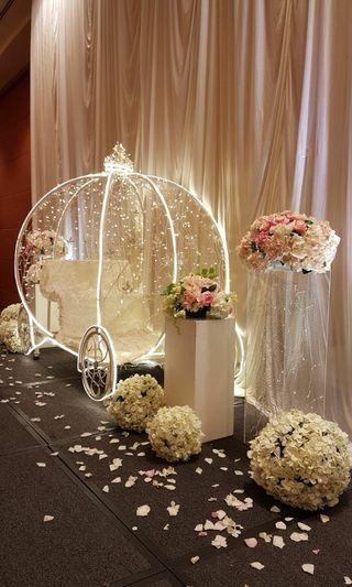 Pumpkin carriage, Cinderella carriage, Princess carriage, horse carriage, backdrop, photobooth for rent