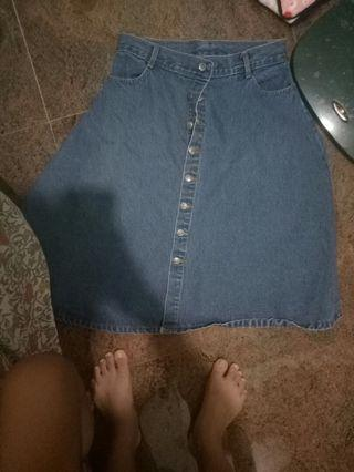 Vintagw blue denim 3/4 skirt