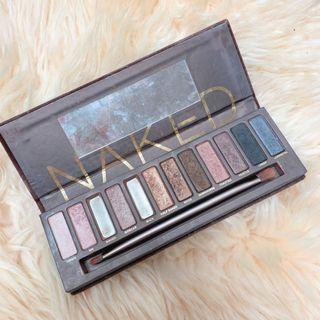 Urban Decay Eyeshadow Palette-naked 1
